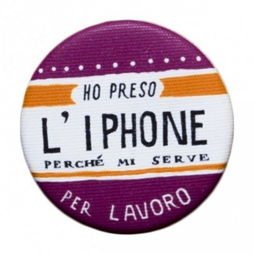 "La Pin de LePalle: spilla ""Ho preso l'Iphone perché mi serve per lavoro"
