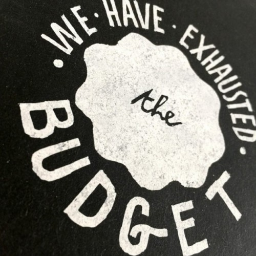"Notes tascabile ""We have exhausted the budget"", copertina nera e interno in carta colore nero"
