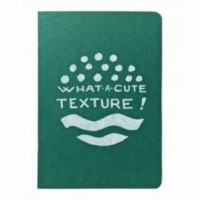 "Notes tascabile ""What a cute texture!"", copertina verde smeraldo e interno in carta colore nero"