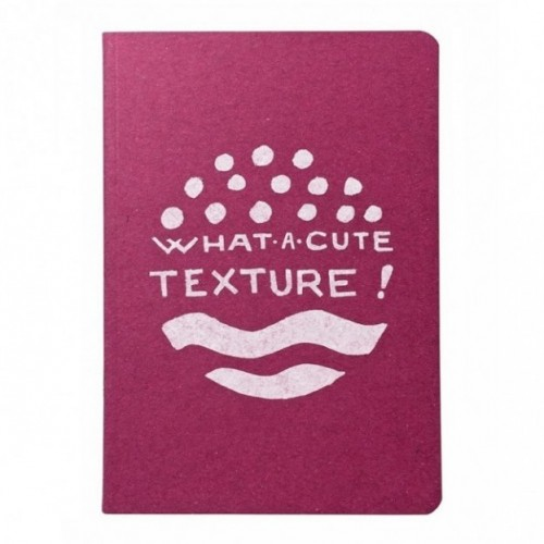 "Notes tascabile ""What a cute texture!"", copertina fucsia e interno in carta colore nero"