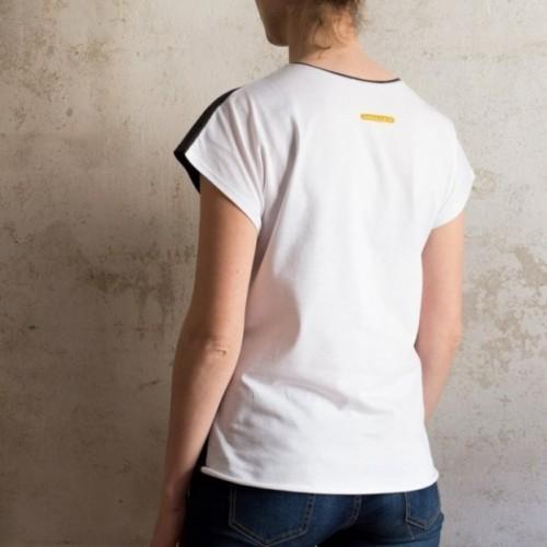 """T-shirt donna """"non è suonata la sveglia"""" 100% cotone color bianco"""