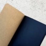 """Notes tascabile """"Tanto poi c'è Photoshop!"""", copertina sabbia e interno in carta colore nero"""