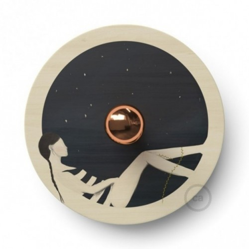 Fermaluce UFO con paralume in legno double-face illustrato da Chiara Fucà
