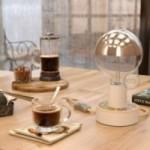 MINI-UFO in legno double-face collezione PALLE DA LETTURA, mod. ADORO LEGGERE + DUE PAGINE